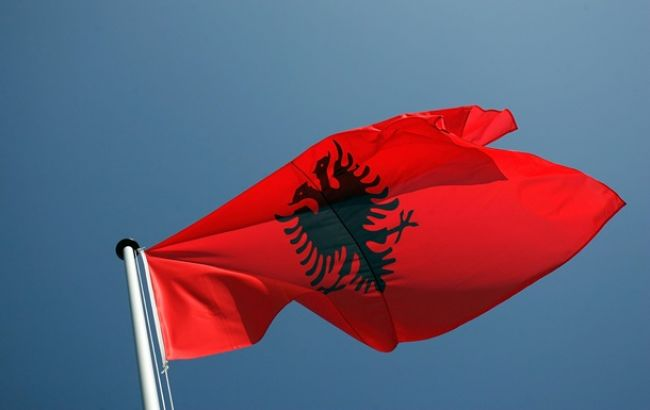 Министр МВД Албании подал в отставку из-за усиления борьбы с коррупцией