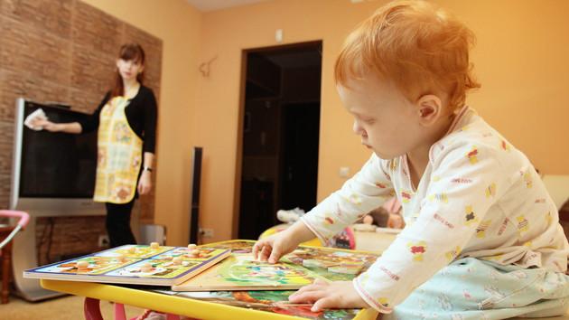Муниципальная няня все популярнее: украинцы придумывают новые схемы заработка