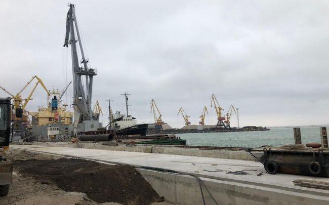 В Одесском морском порту и офисе АМПУ провели обыски