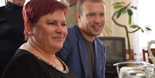 Скандальный депутат Саутенков и глава сельсовета Фонтанки Мишина переплюнули Остапа Бендера