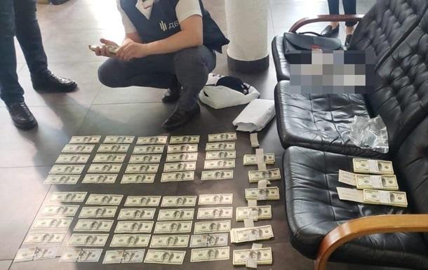 В Киеве задержан прокурор на взятке в $100 тысяч